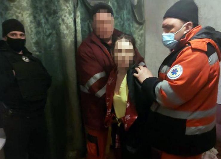Мать издевалась над ребенком / фото kyiv.npu.gov.ua