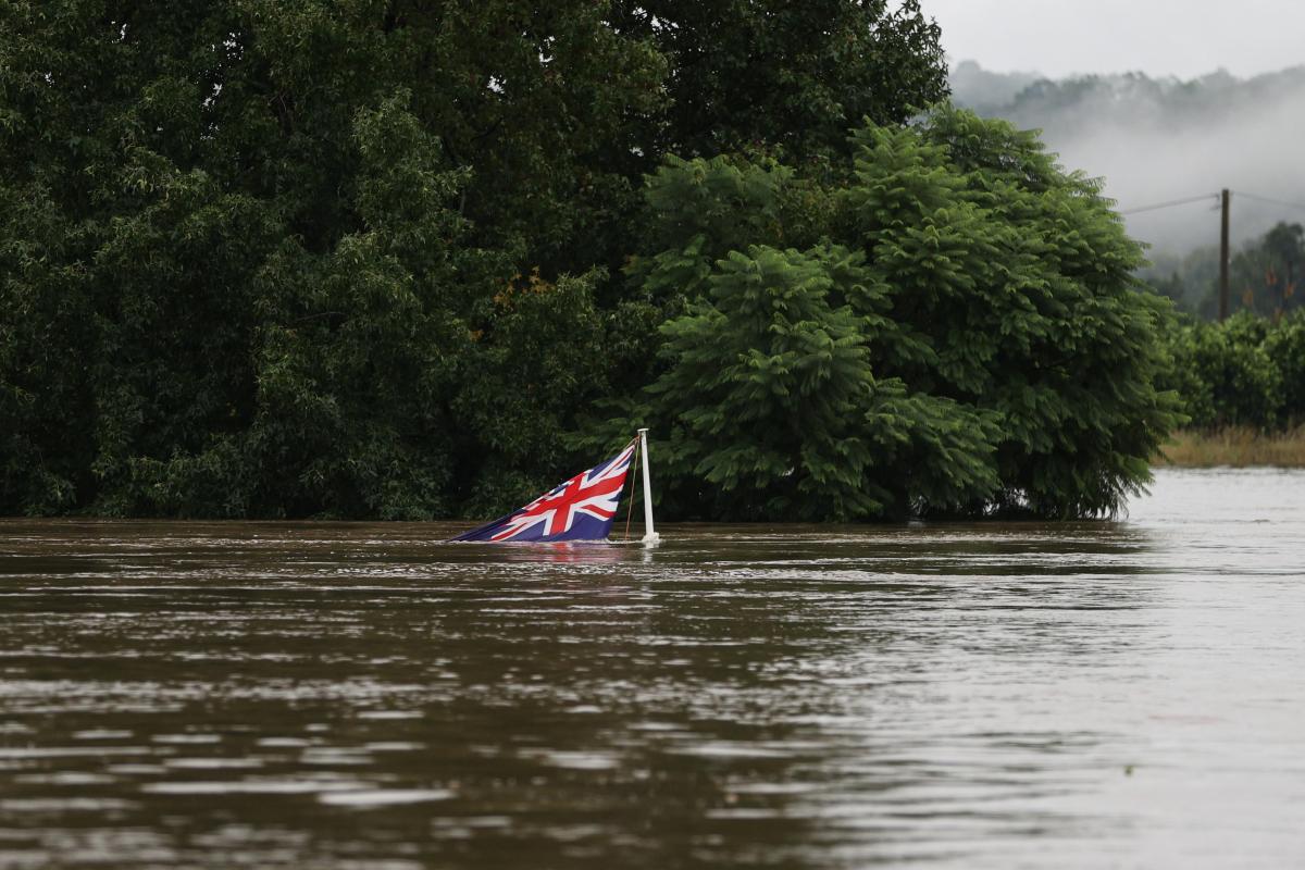 Австралию затопило / фото REUTERS