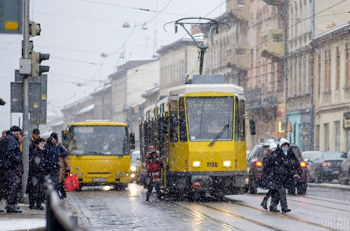 Городской транспорт Львова будет работать во время усиленного карантина / УНИАН