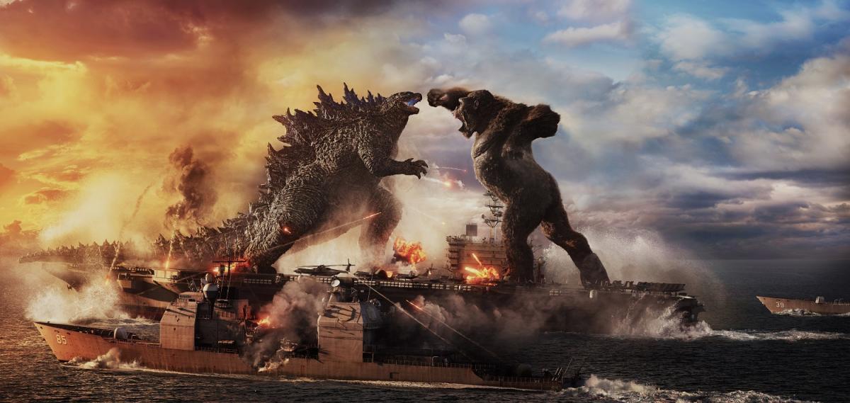 На этой неделе далеко не все смогут увидеть новинки кинопроката на «большом экране» / кадр из фильма «Годзилла против Конга»