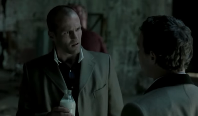 """Джейсон Стэйтем до """"Гнева человеческого"""" снялся в еще трех фильмах Гая Ричи / кадр из фильма """"Большой куш"""""""