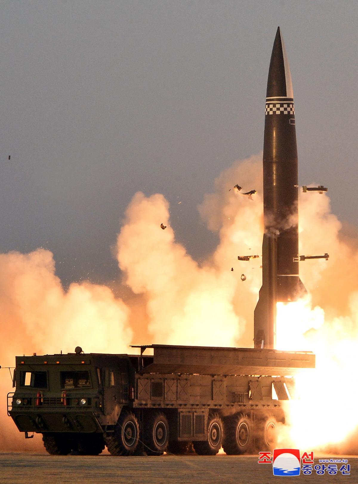 Запуск ракеты нового типа / Фото: REUTERS