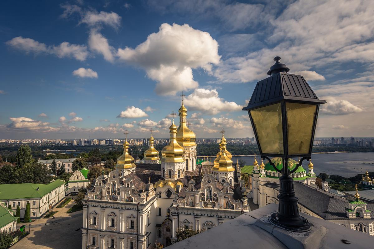 15 квітня церква вшановує пам'ять святого ієромонаха Тита Чудотворця / фото ua.depositphotos.com