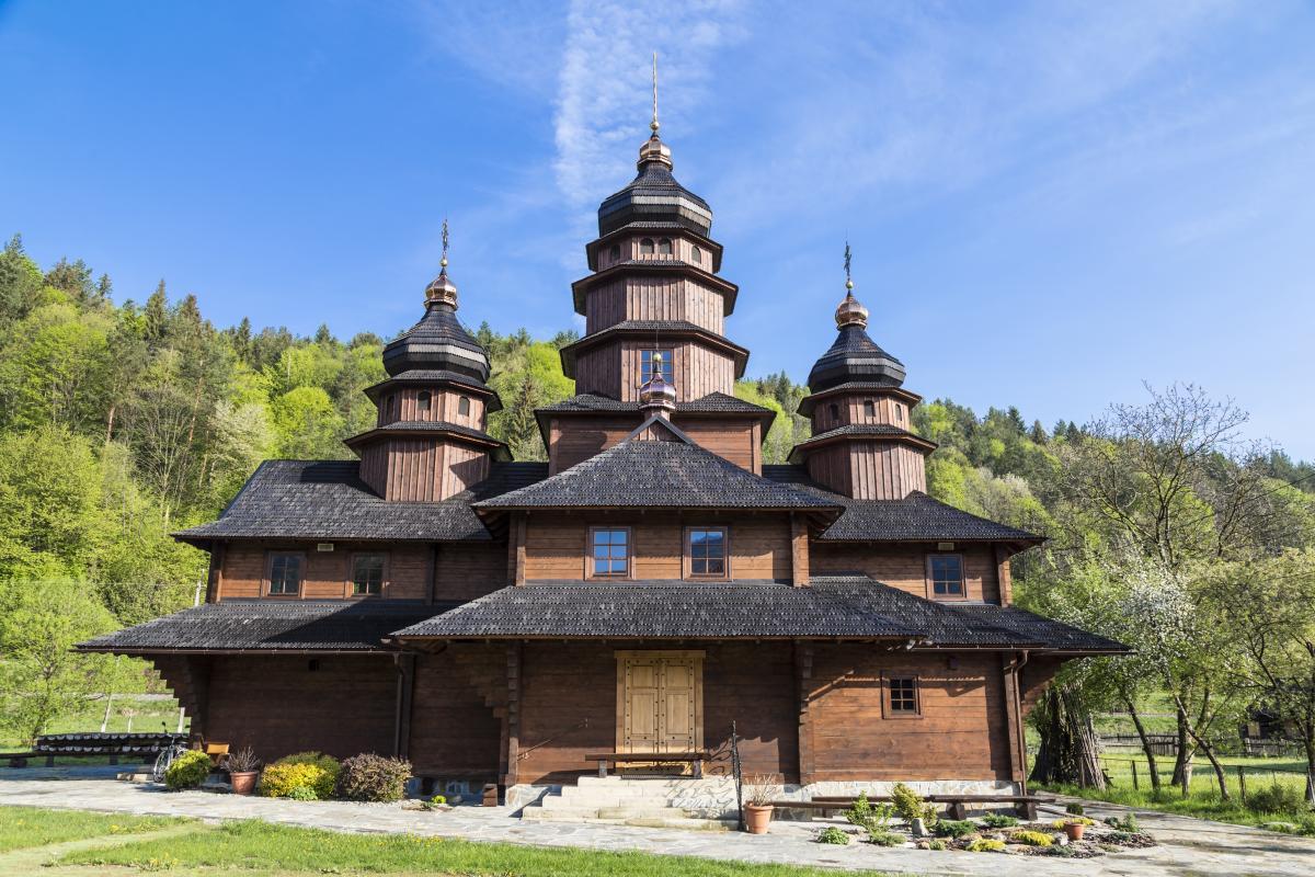 6 квітня церква вшановує пам'ять святих Якова і Захара / фото ua.depositphotos.com