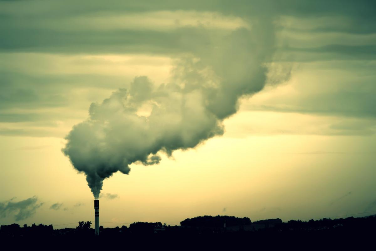 Законопроект должен установить нулевую ставку экологического налога для установок, которые используют исключительно биотопливо / фото ua.depositphotos.com