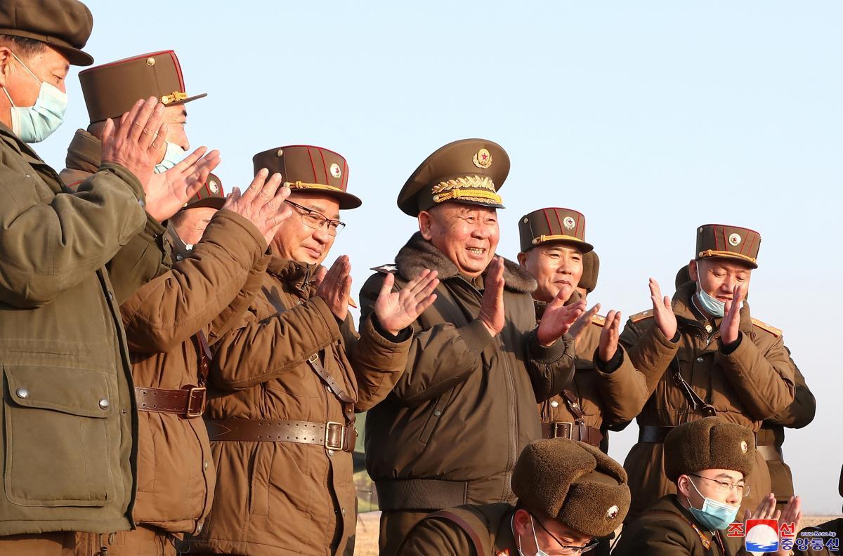 Северная Корея объяснила, почему запустила новые ракеты в сторону соседей / REUTERS