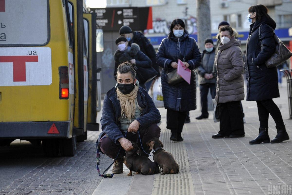 В Україні 10 179 нових випадків коронавірусу / фото УНІАН