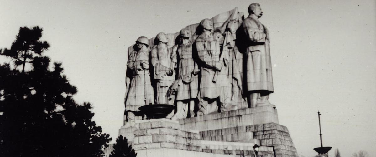 Пам'ятник Сталіну в Празі знесли, коли Хрущов очолив СРСР/ фото Wikipedia.org/Miroslav Vopata
