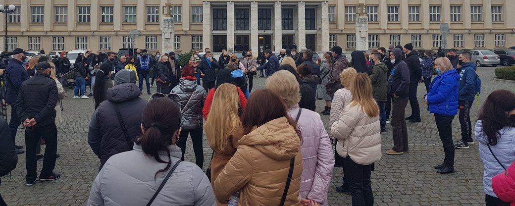 Митинг в Ужгороде / фото: Суспільне. Закарпаття