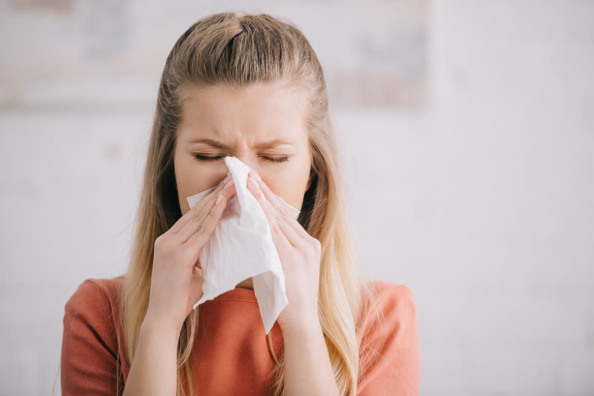 Комаровский назвал характерные симптомы аллергии / фото ua.depositphotos.com