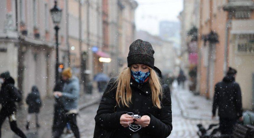 """""""Британський"""" штам коронавірусу вражає людей віком 20-40 років - Рубан"""
