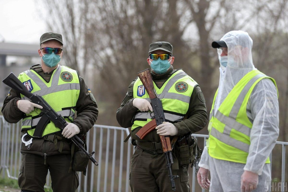 Введение комендантского часа возможно только в условиях чрезвычайного положения / фото УНИАН, Вячеслав Ратынский