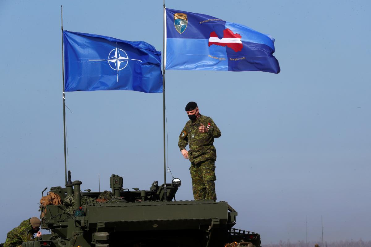 У Зеленского призвали повысить уровень боевой готовности войск стран НАТО / фото REUTERS
