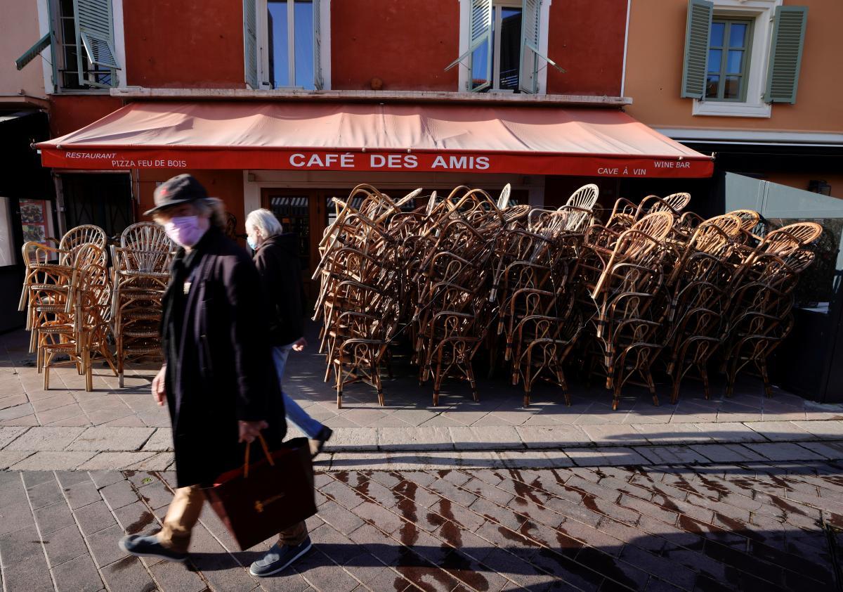 Во Франции в третий раз ввели локдаун из-за пандемии / фото REUTERS