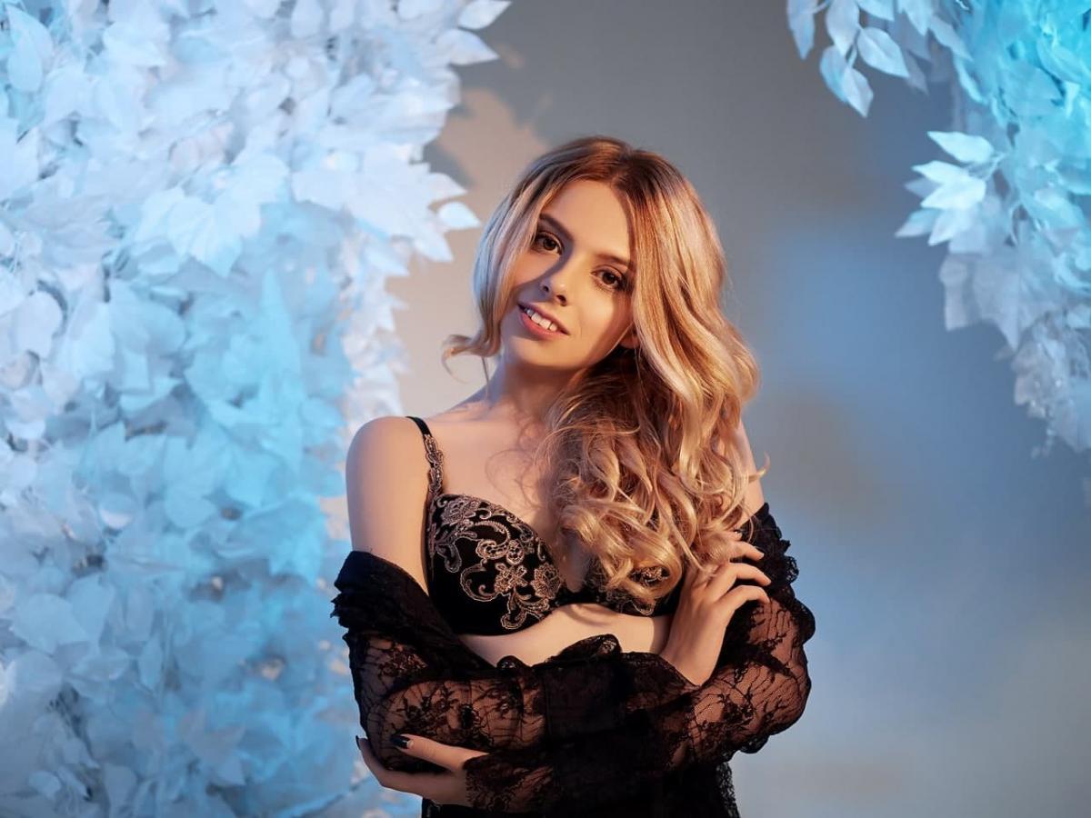 Алину Воронину причислили к числу моделей, которых задержали в Дубае/ Подьем