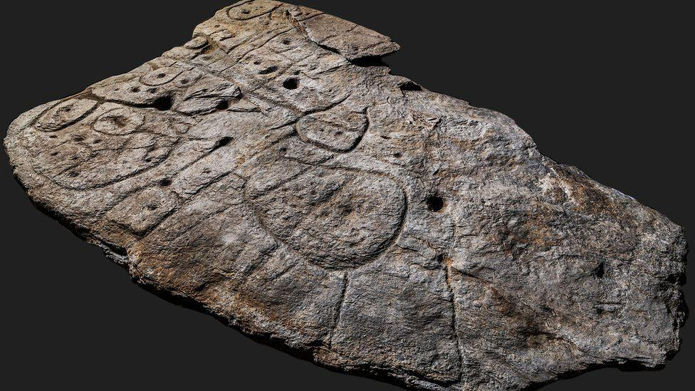 Отметки на древней каменной карте до сих пор на 80% точны / фото: Denis Gliksman