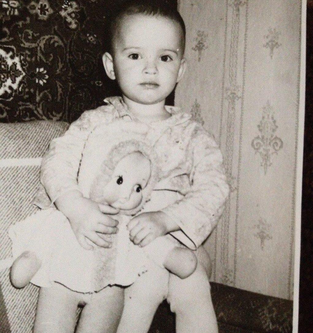 Даша Астаф'єва в дитинстві / фото instagram.com/da_astafieva