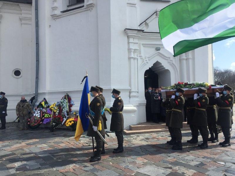 Отпевание погибшего состоялось в Екатерининской церкви / фото УНИАН