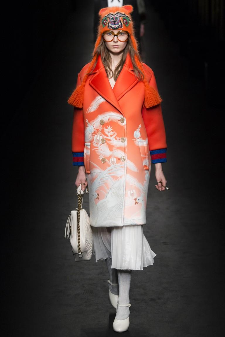 Яскраві пальта 2021 / фото pinterest.com