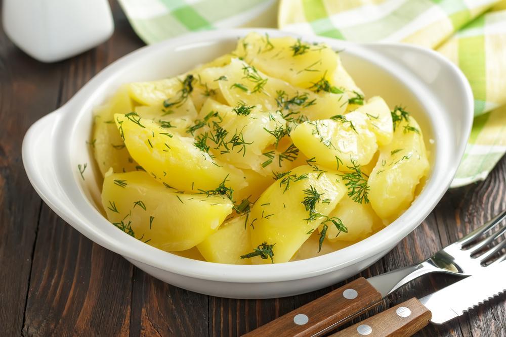 Як правильно варити картоплю / фото ua.depositphotos.com