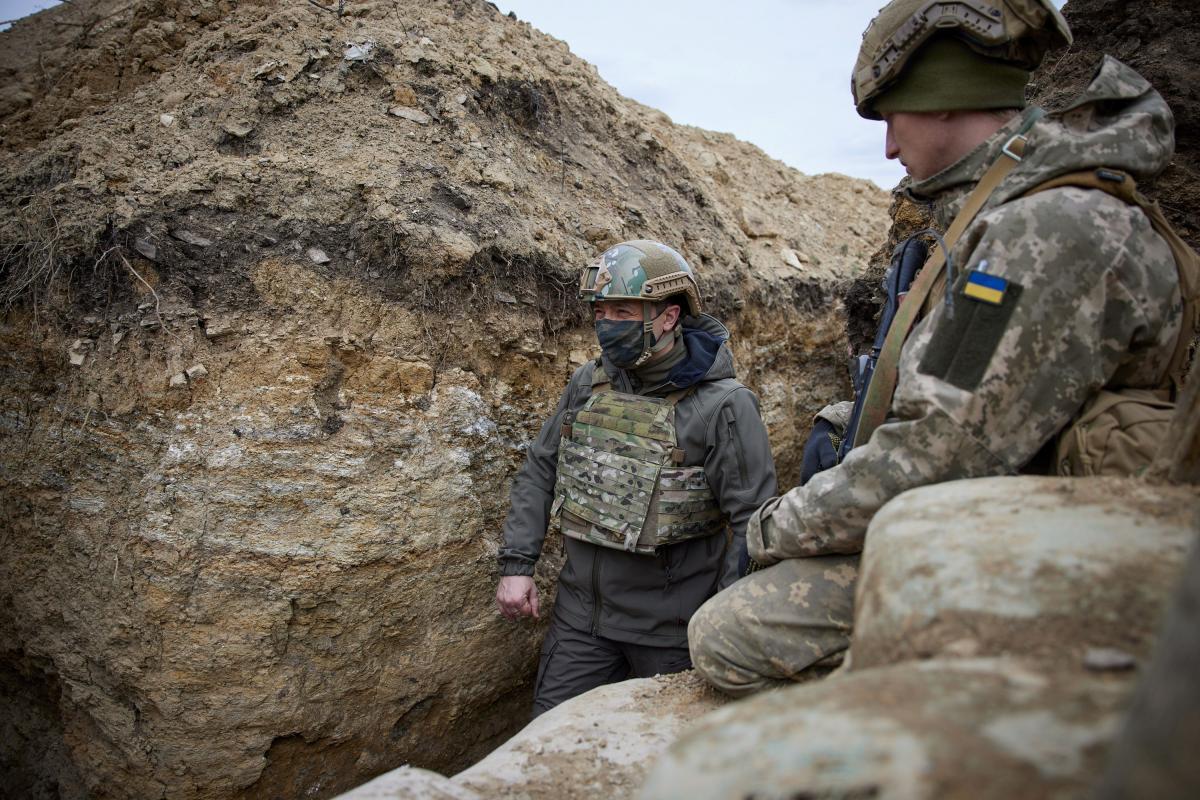 Зеленский рассказал о ситуации на фронте в условиях эскалации РФ / Фото: REUTERS