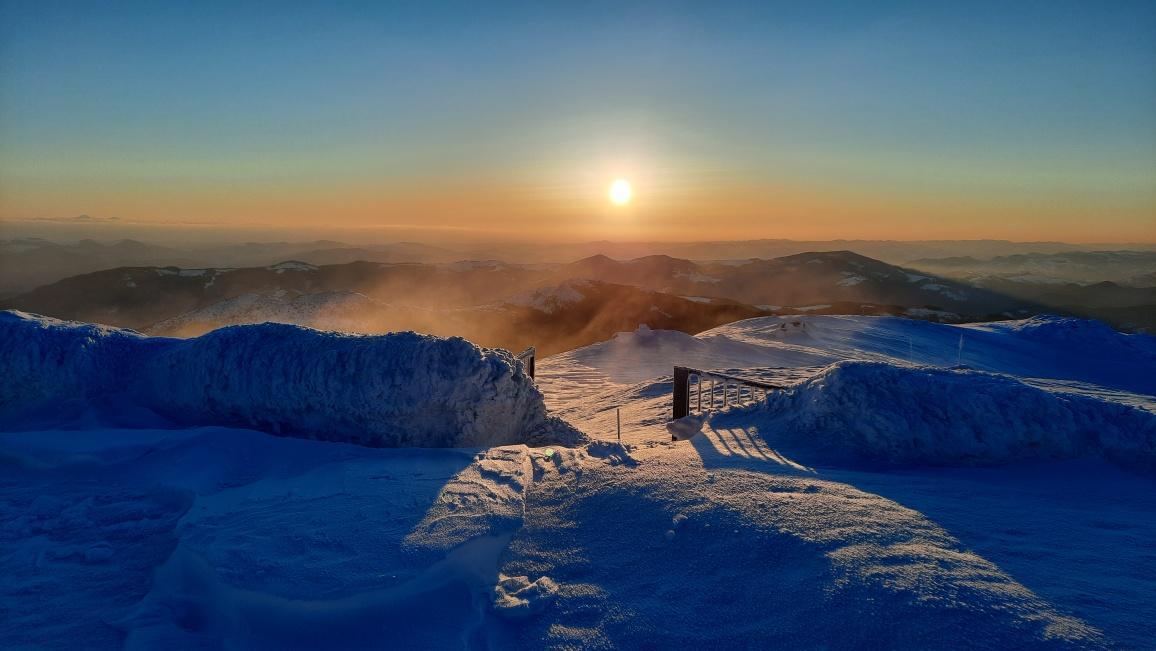 Утро на горе Поп Иван Черногорский / Фото facebook.com/chornogora.rescue112