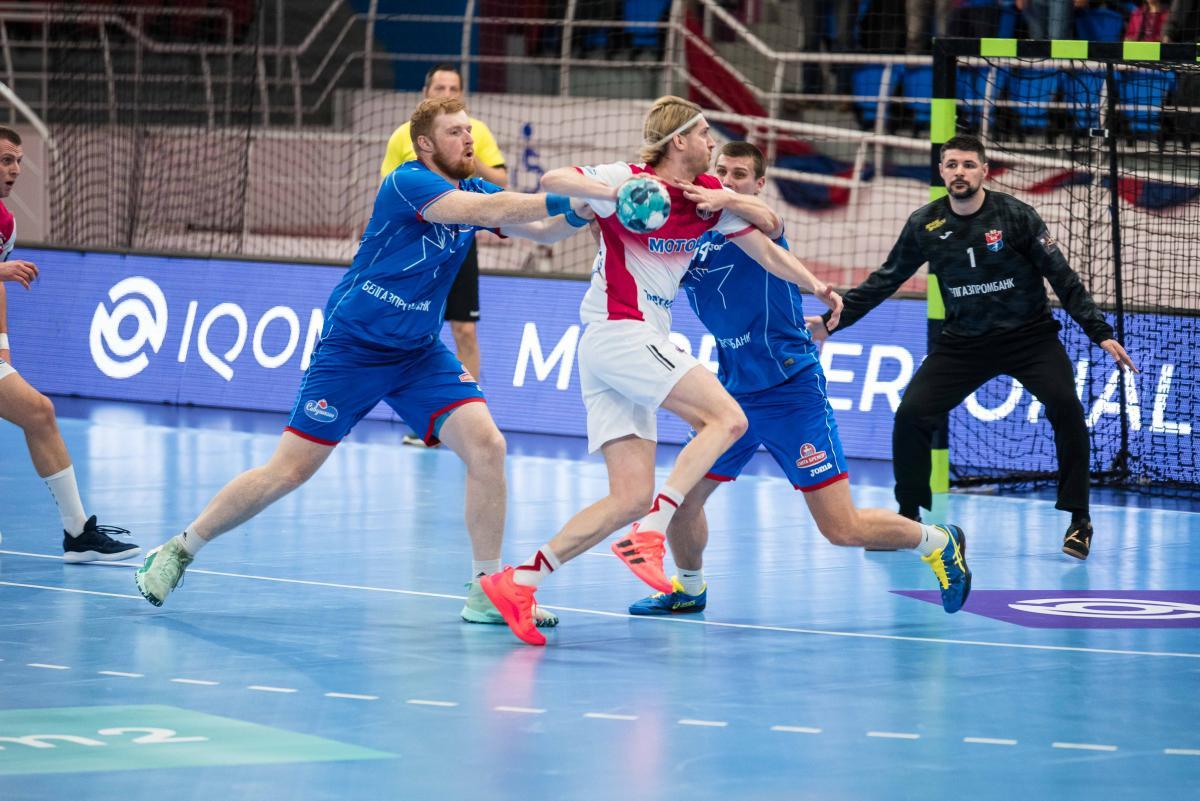 Мотор выиграл дома, а проиграл в гостях / фото handball.motorsich.com