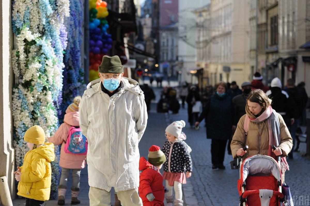 У Львові можуть відкрити ринки і дозволити очне навчання 1-4 класів / фото УНІАН