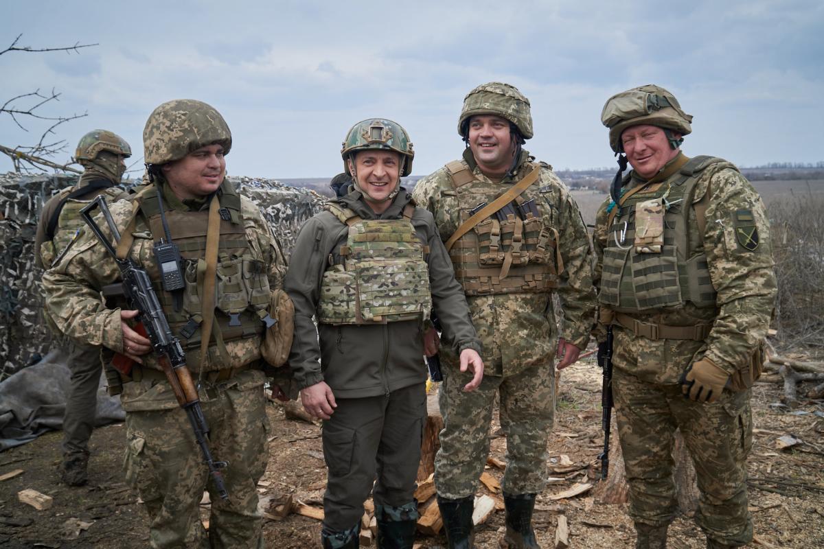 Владимир Зеленский на Донбассе / фото Офис президента Украины