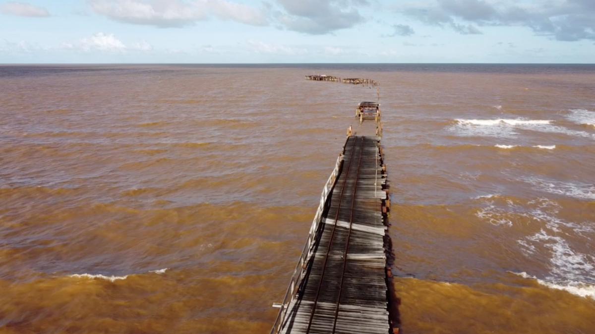 На фото - последствия циклона в Австралии / Фото REUTERS