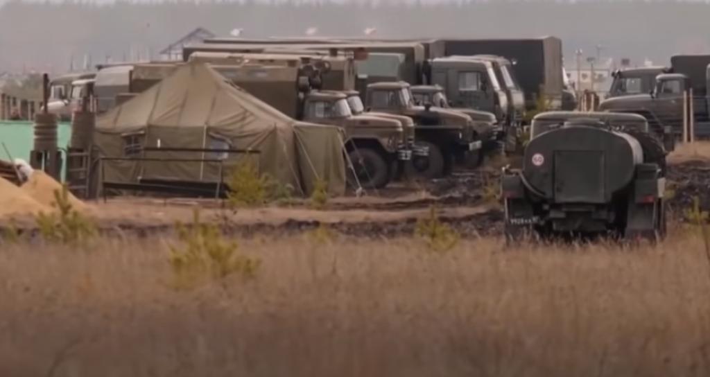 Huge Russian troop camp near Ukraine's border / Screenshot