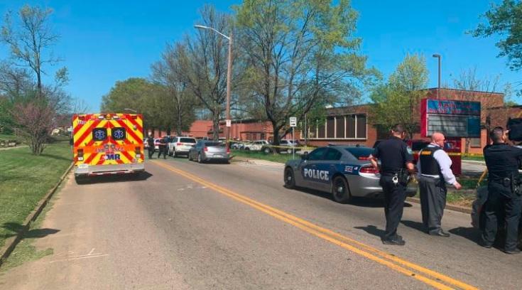 Стрельба в США - в Ноксвилле ученик открыл огонь по копах/ cnn.com