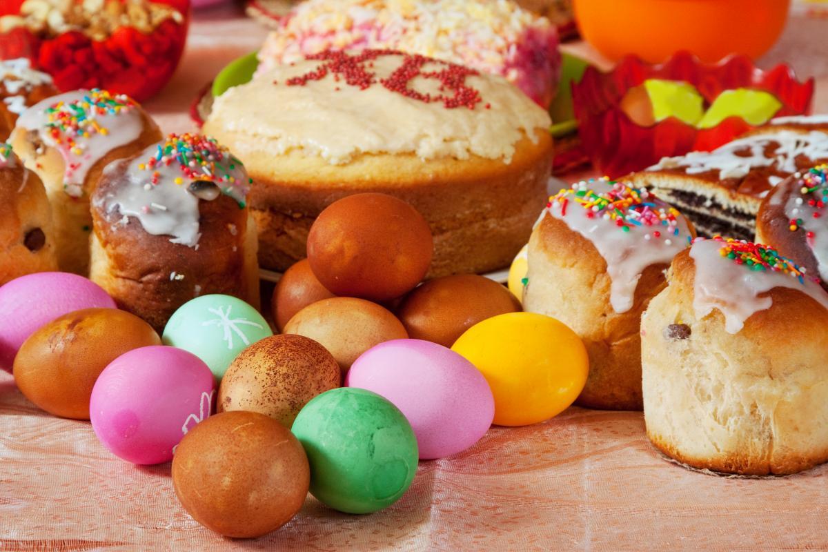 Пасхальные крашенки - как покрасить яйца / фото ua.depositphotos.com