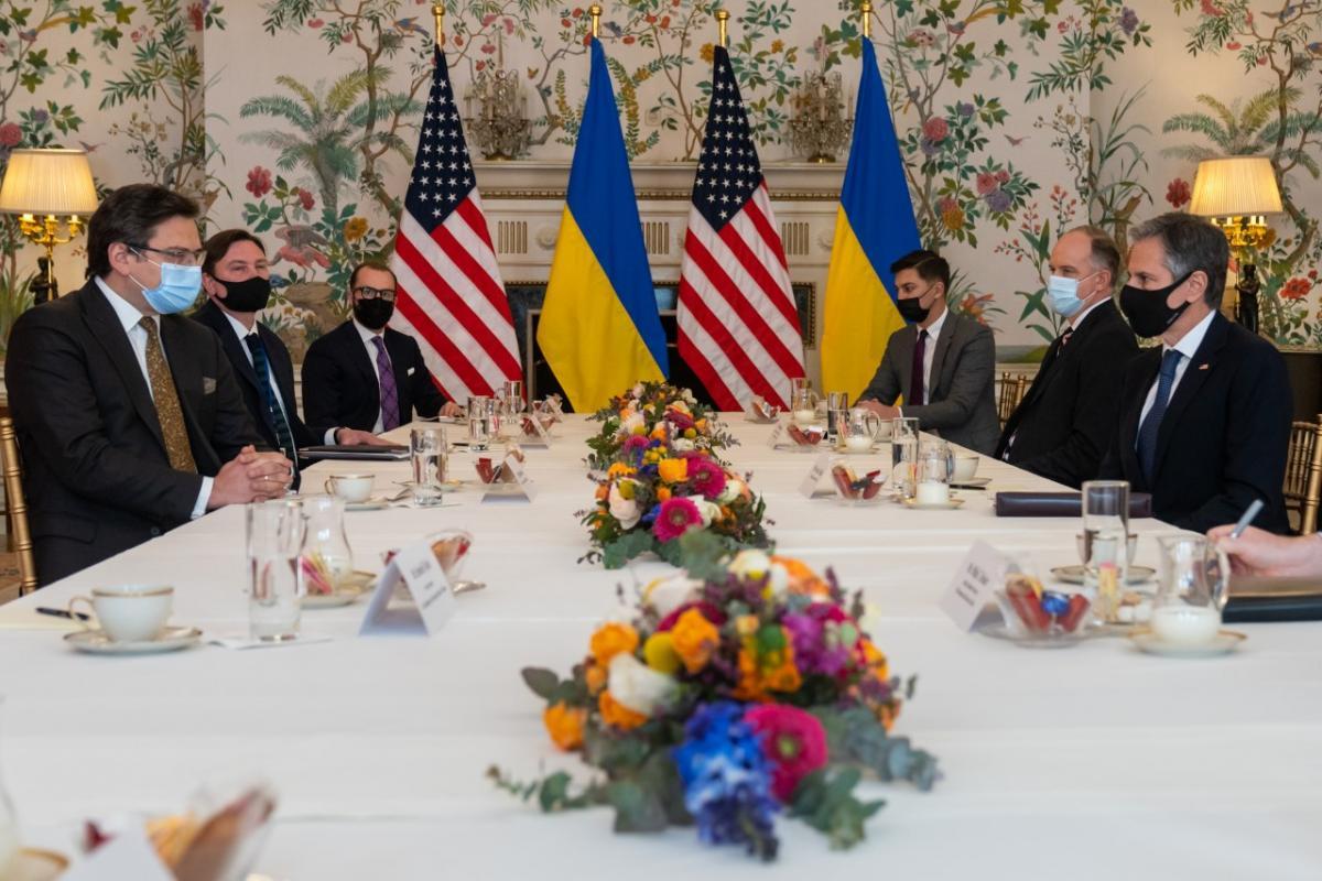 Энтони Блинкен провел встречу с Дмитрием Кулебой/ фото twitter.com/SecBlinken