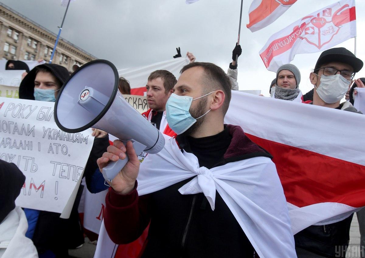 Юрий Лебедев на митинге в Киеве весной 2021 / фото УНИАН, Александр Синица