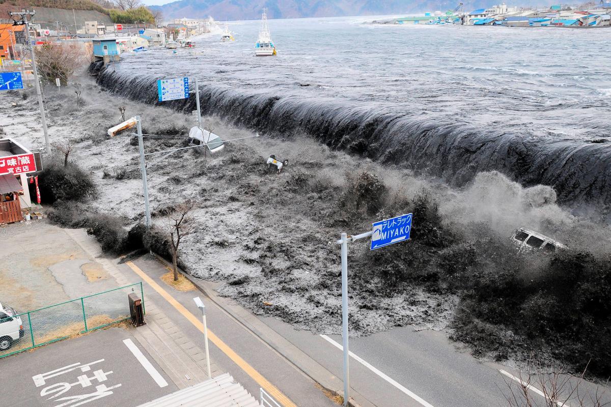 Землетрусі цунамі 2011 року забрали життя щонайменше майже 16 тис. людей в Японії / фото REUTERS