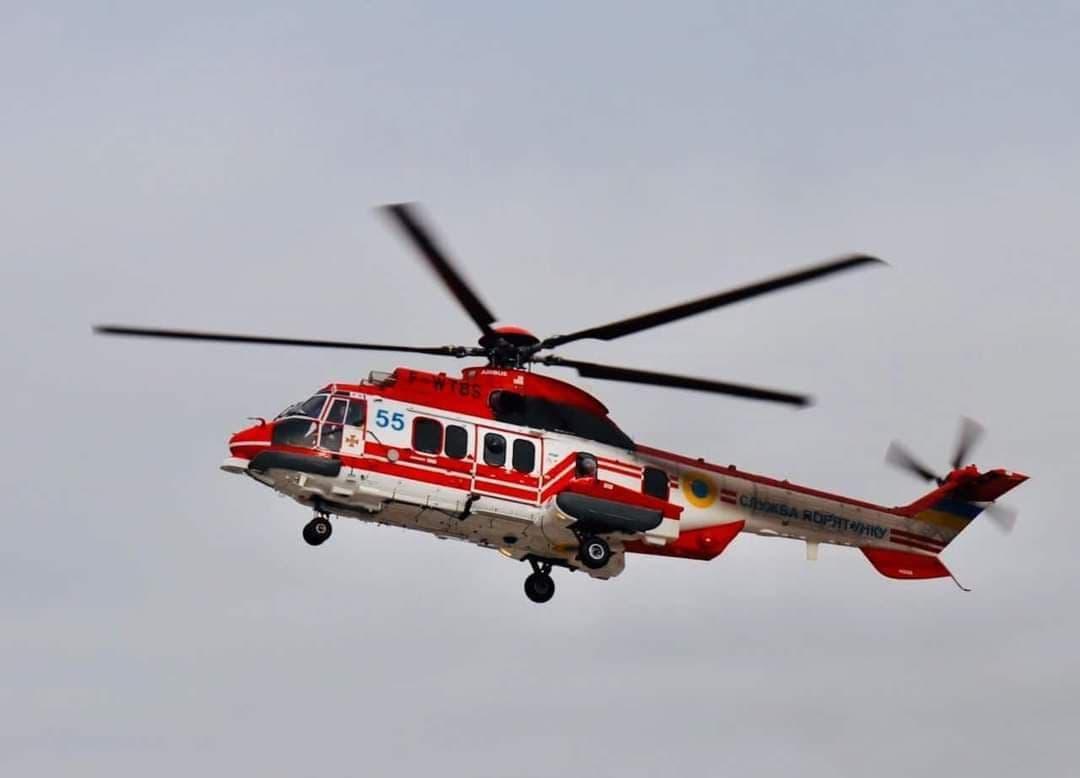 Вертолет вылетел на поиски ребенка / фото ГСЧС