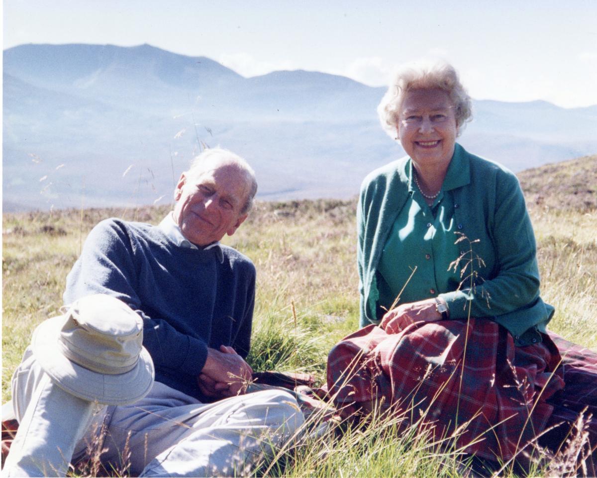 Єлизавета II поділилася особистою фотографією з принцом Філіпом / фото REUTERS