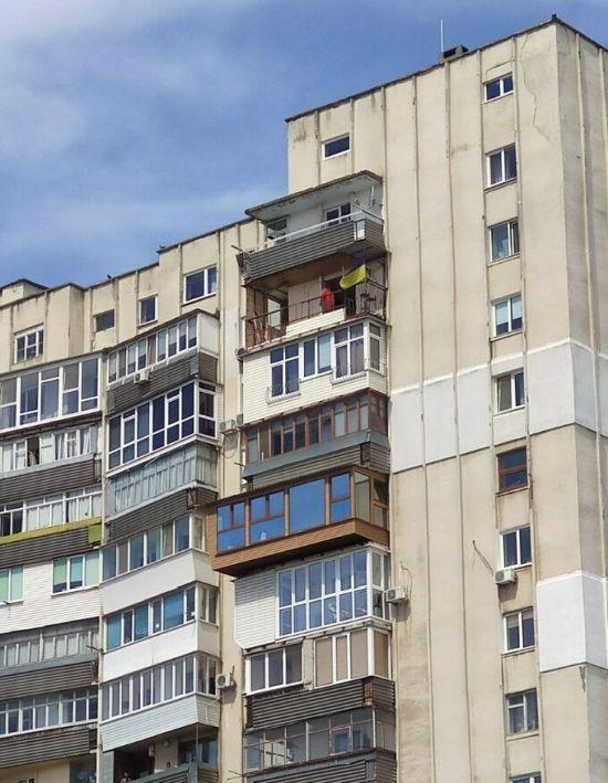 Ремонт ведется на предпоследнем этаже / фото sport.ua