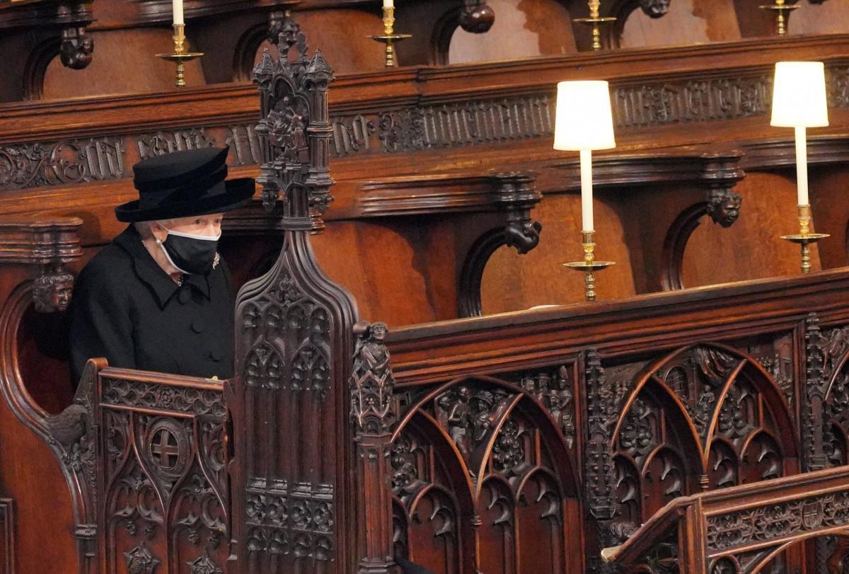 Королева Єлизавета ІІ на похороні принца Філіпа / фото REUTERS
