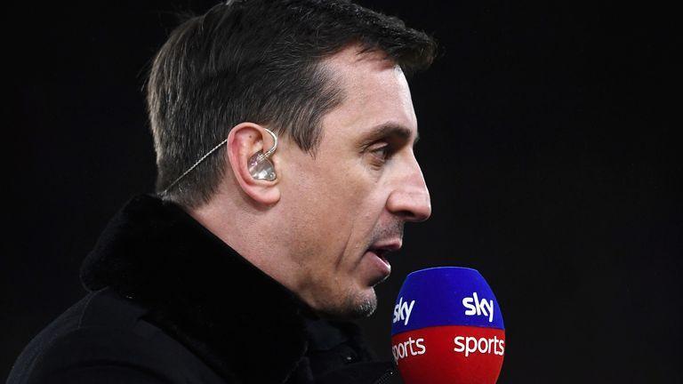 Гарі Невілл працює експертом на ТБ / фото Sky Sports