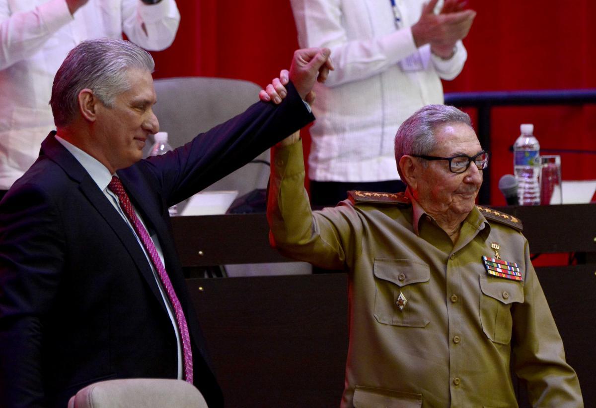 Кастро сказав, сказав, що із задоволенням передає керівництво країною \ фото REUTERS
