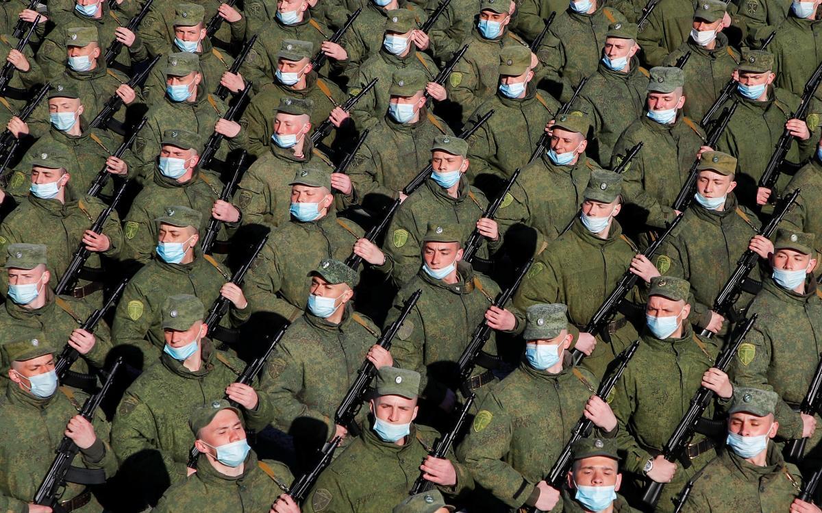 В МИД прогнозируют дальнейшее наращивание сил РФ на границах Украины / Иллюстрация REUTERS