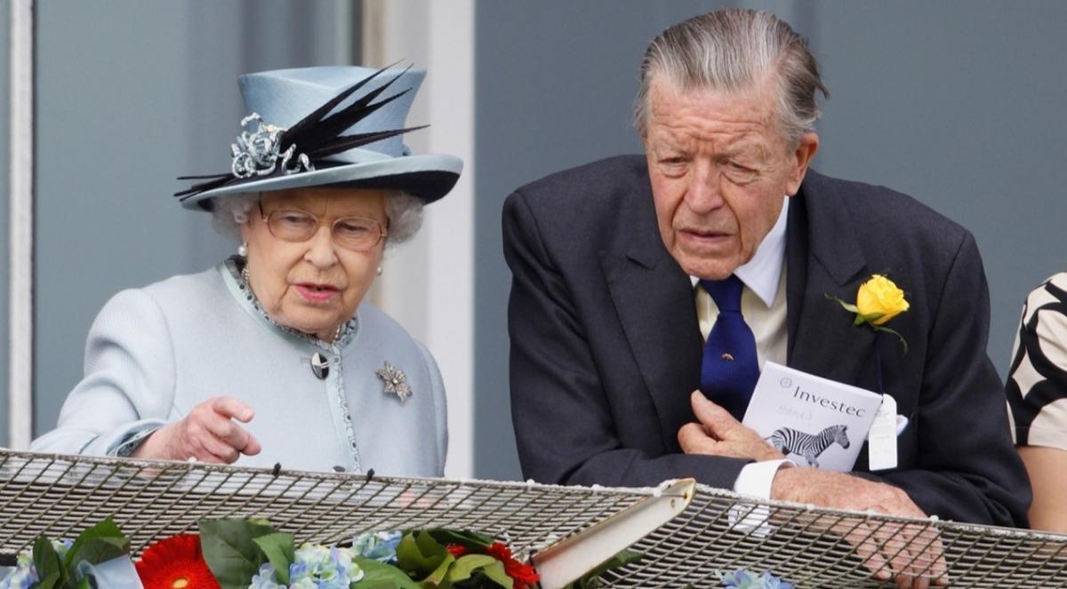 Он занимал пост советника королевы с 2003 года/ фото Max Mumby/Indigo