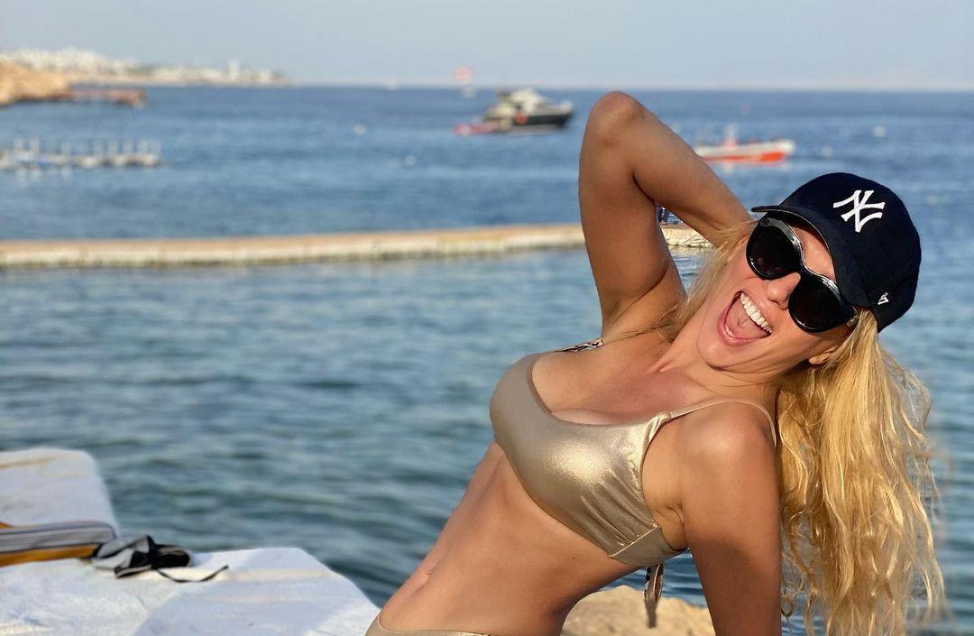 Полякова поехала отдыхать в Египет / фото instagram.com/polyakovamusic/