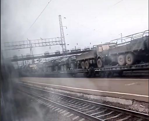 Это первая известная на сегодняшний день переброска техники РФ в Крым из Восточного военного округа/ скриншот из видео