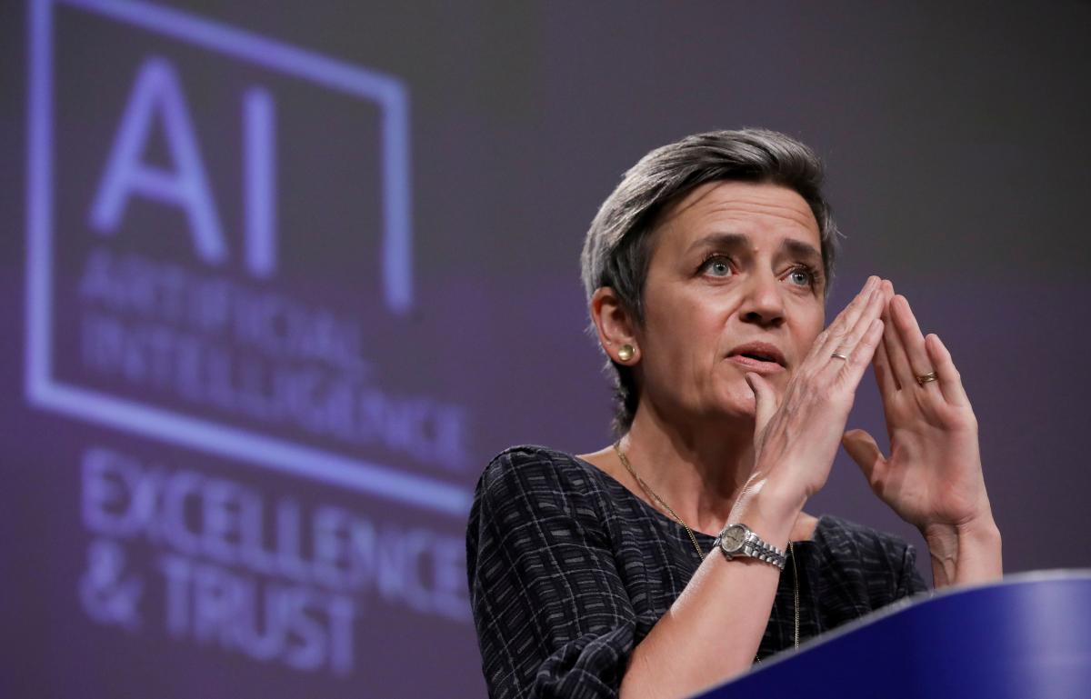 Вице-президент Еврокомиссии Маргарет Вестагер: в вопросе искусственного интеллектадоверие является обязательным / фото REUTERS