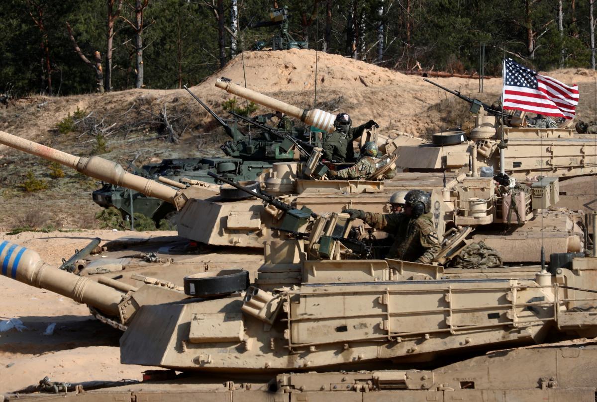 Таран: мы рассчитываем, что на саммите НАТО примут серьезность евроатлантических намерений Украины / Фото: REUTERS