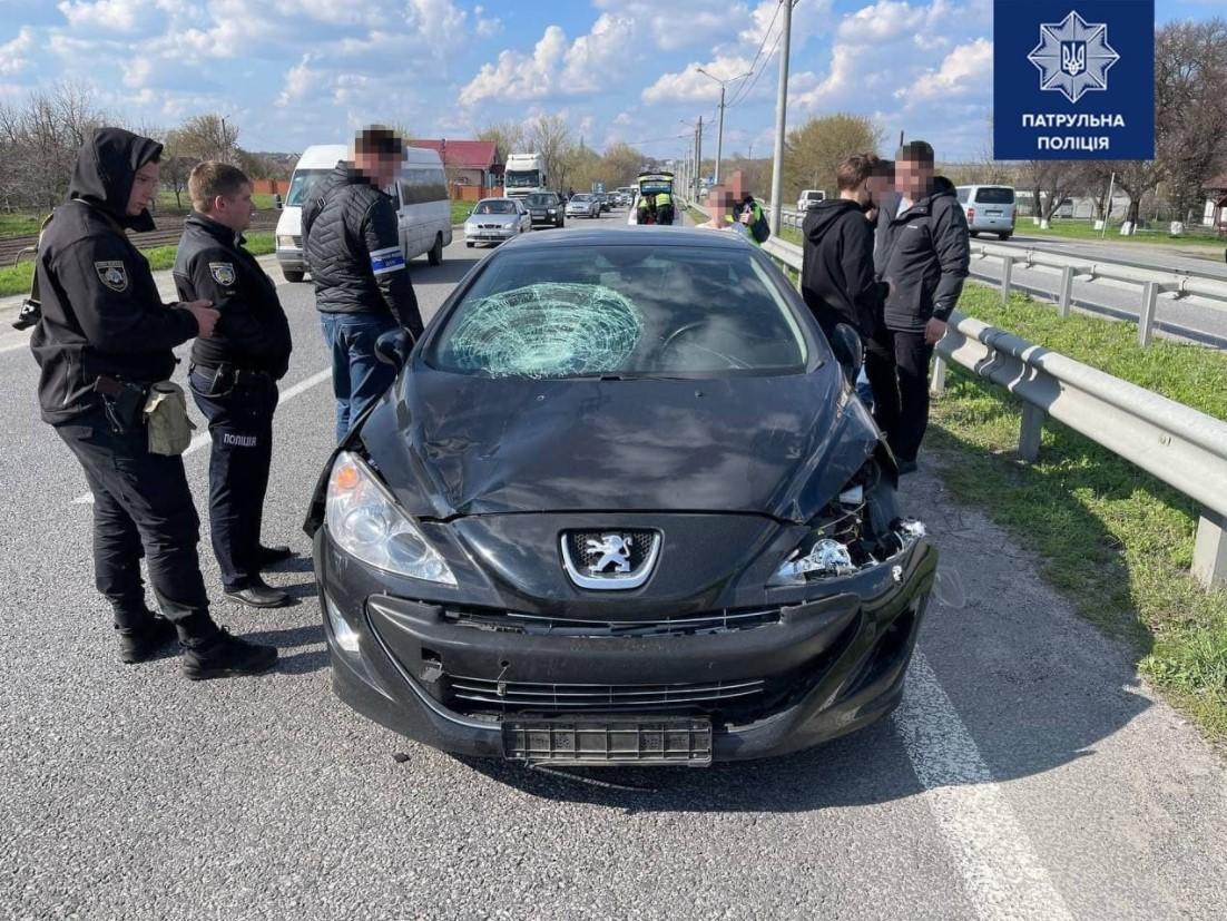 Водитель задержана в порядке ст. 208 УПК Украины / фото патрульная полиция / Facebook