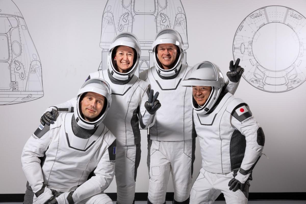 Впервые для доставки астронавтов ракета-носитель и корабль частной компании используются повторно / фото SpaceX